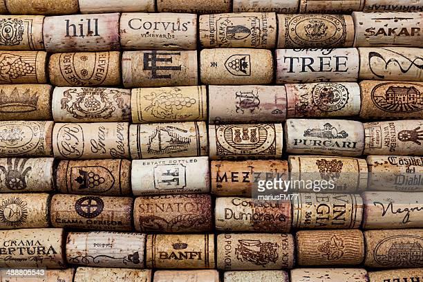 wine corks - cultura portuguesa fotografías e imágenes de stock