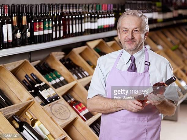 Wine expert in liquor store/off license
