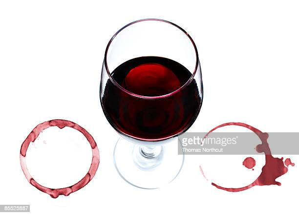 wine glass and rings. - wine glass stock pictures, royalty-free photos & images