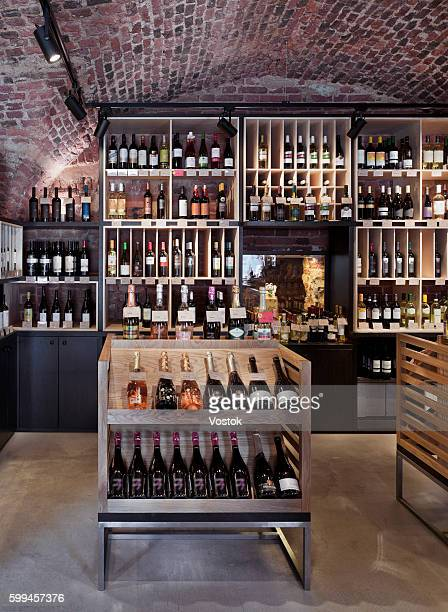 wine store and bar in st. petersburg - liquor store stock pictures, royalty-free photos & images