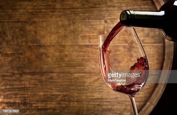 Degustazione di vini nella cantina