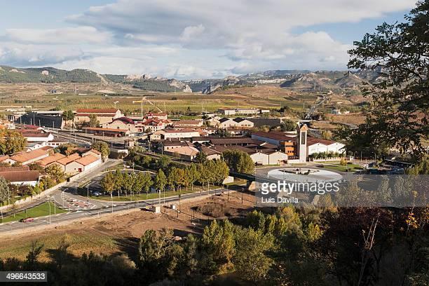 wineries town in haro. la rioja - haro photos et images de collection