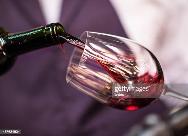 desgustação de vinho - porção de comida - fotografias e filmes do acervo