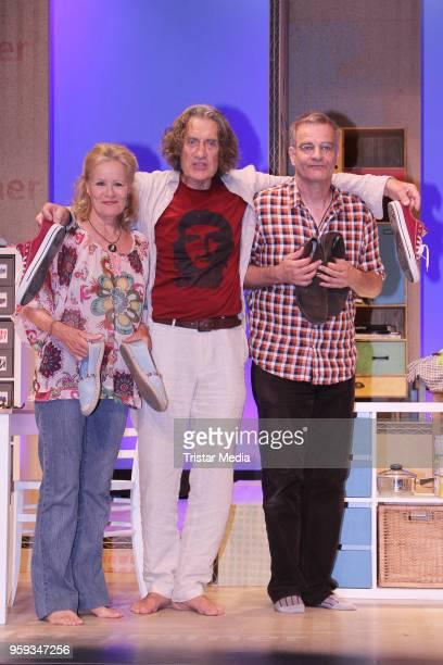 Winfried Glatzeder Heinrich Schafmeister and Claudia Rieschel during the rehearsal photo call to 'Wir sind die Neuen' on May 16 2018 in Hamburg...