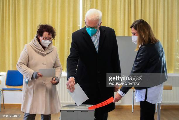Winfried Kretschmann , State Premier of the southern federal state of Baden-Wuerttemberg and top candidate of the Greens, and his wife Gerlinde...