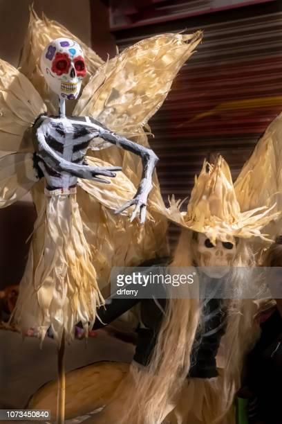 Costume de squelette ailé sur le Día de los Muertos, Oaxaca
