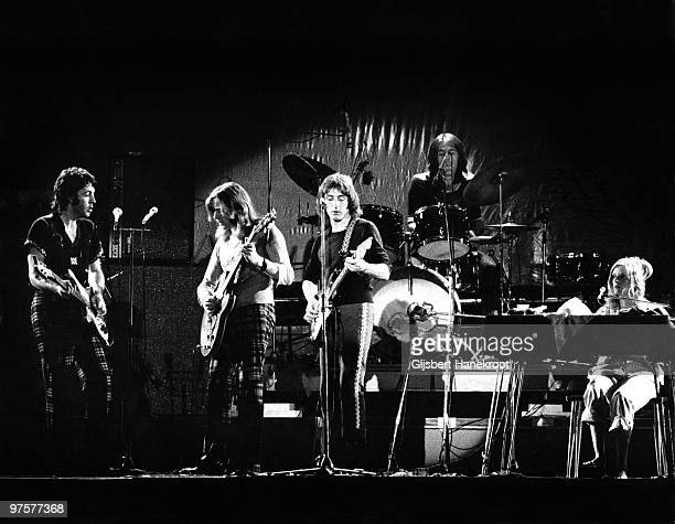 Wings perform live on stage at The Theatre Antique in Arles France on July 13 1972 LR Paul McCartney Henry McCullough Denny Laine Denny Seiwell Linda...