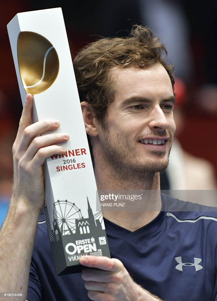 Winner Andy Murray of Great Britain poses after the final match against Jo-Wilfried Tsonga of France at the ATP Erste Bank Open Tennis tournament in Vienna, on October 30, 2016. / AFP / APA / HANS PUNZ / Austria OUT