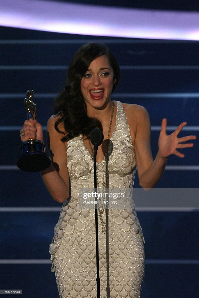 Winner For Best Actress Marion Cotillard Gives Her