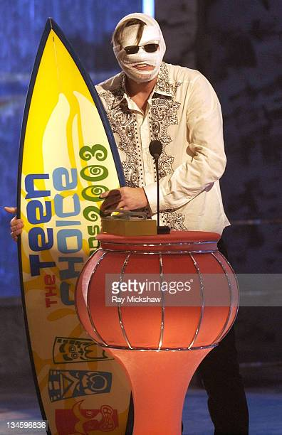 Winner Jim Carrey for Choice Movie Comedy Actor during 2003 Teen Choice Awards Show at Universal Amphitheatre in Universal City California United...