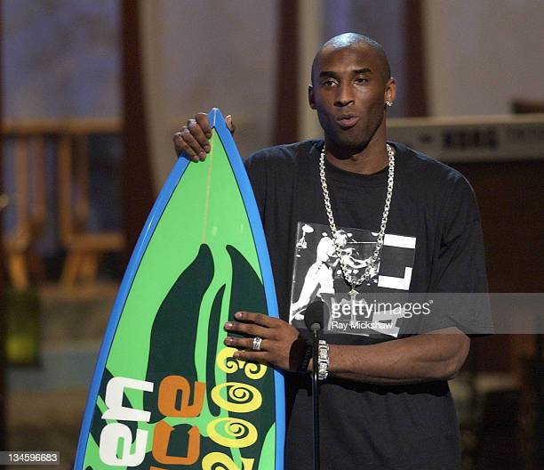 Winner Kobe Bryant for Choice Male Athlete during 2003 Teen Choice Awards Show at Universal Amphitheatre in Universal City California United States