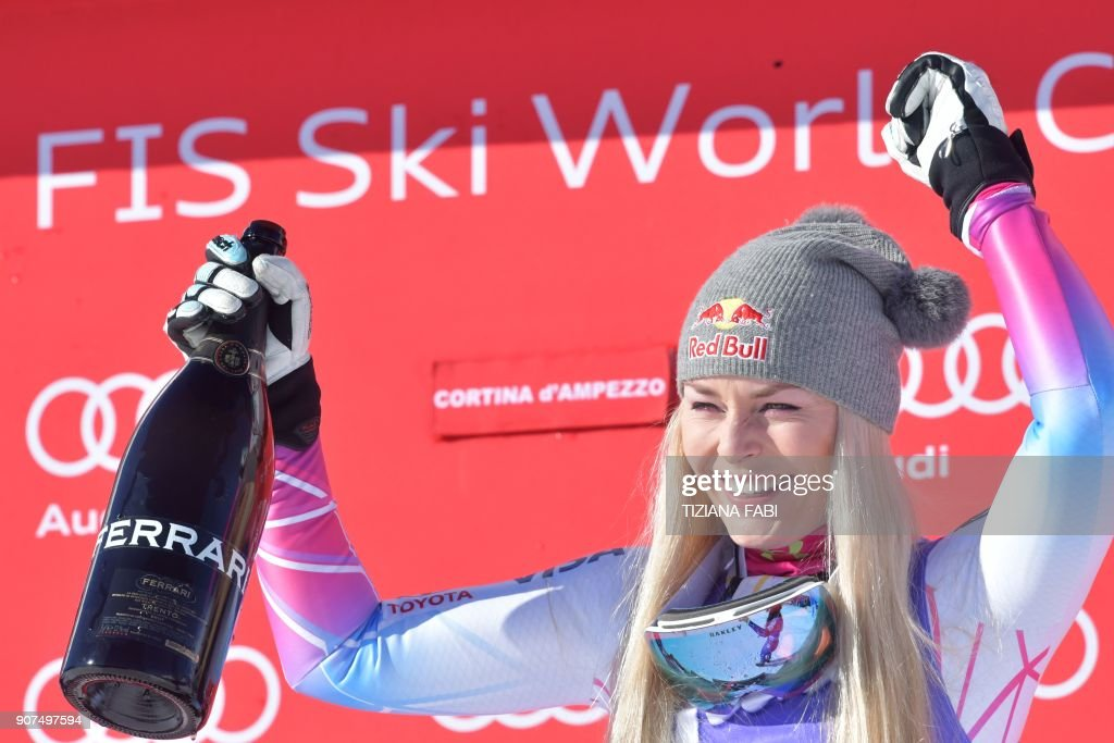 SKI-ALPINE-WOMEN-WORLD-DOWNHILL : News Photo