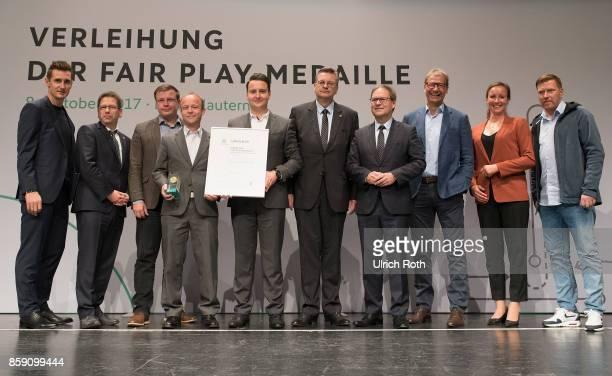 Winner Matthias Leonhardt and Benjamin Kahlert from the national association Sachsen with Miroslav Klose DFB President Rheinhard Grindel Inka...
