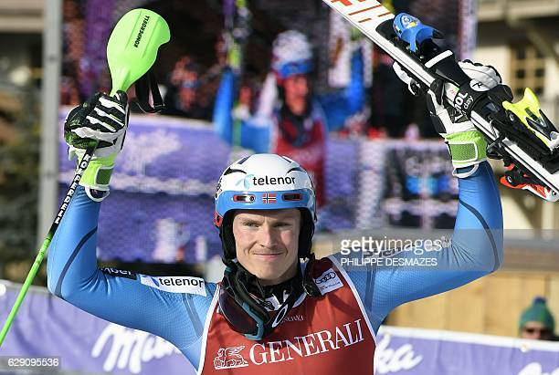 Winner Norway's Henrik Kristoffersen celebrates after the FIS Alpine World Cup Men's Slalom in Val d'Isere in the French Alps on December 11 2016 /...