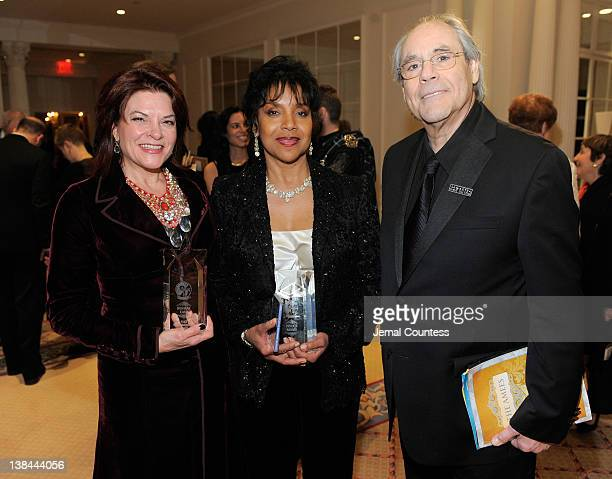Winner of 2012 AMEE Award in Sound Recordings, Rosanne Cash, winner of the 2012 AMEE Award in Entertainment, Phylicia Rashad and actor Robert Klein...