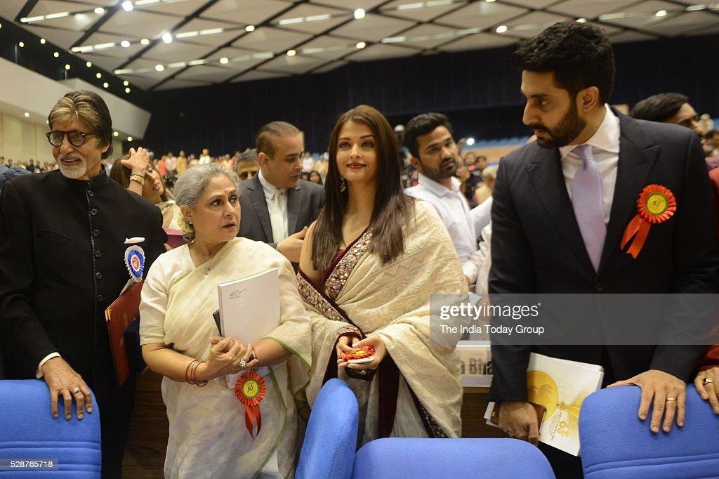 Winner of Best Actor award Amitabh Bachchan with family members Jaya Bachchan Aishwarya Rai Bachchan and Abhishek Bachchan at the 63rd National Film..