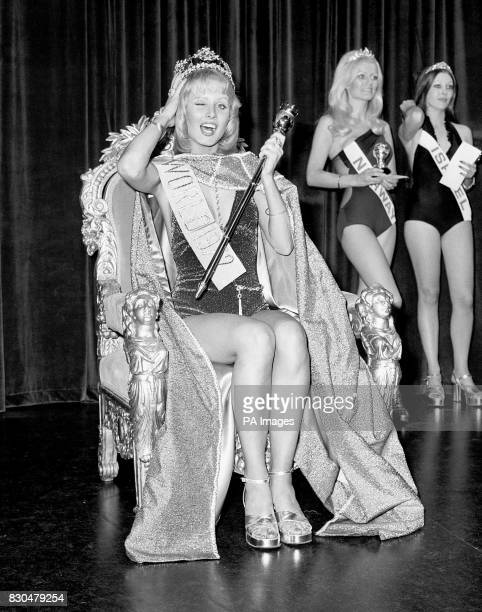Winner of the 1972 Miss World contest at the Royal Albert Hall was Miss Australia, 20 year old Belinda Green. Behind her can be seen Miss Norway ,...