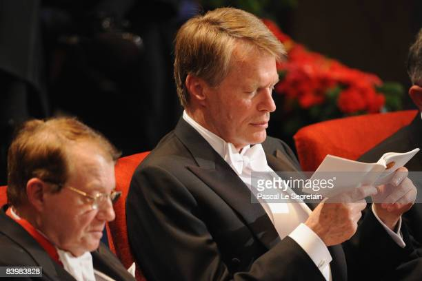 Winner of the 2008 Nobel Prize for medicine, French scientist Luc Montagnier and French writer Jean-Marie Gustave Le Clezio, winner of the 2008 Nobel...