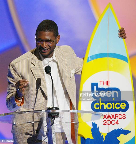 Winner of two Teen Choice awards RB artist Usher speaks on stage at The 2004 Teen Choice Awards held on August 8 2004 at Universal Amphitheater in...