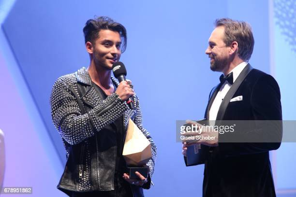 Winner Toni Mahfud and Steven Gaetjen during the ABOUT YOU AWARDS at the Mehr Theater in Hamburg on May 4 2017 in Hamburg Germany