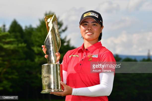 Winner Yuka Saso of Japan poses with the trophy after the final round of the NEC Karuizawa 72 Golf Tournament at the Karuizawa 72 Golf Kita Course on...