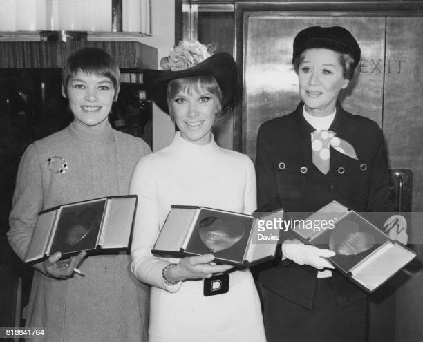 Winners at the Variety Club of Great Britain Show Business Awards luncheon at the Savoy Hotel in London UK 10th March 1970 From left to right actors...