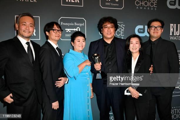 "Winners of Best Foreign Language Film award for ""Parasite"" Ha-jun Lee, Yang Jin-mo, Lee Jung-eun, Bong Joon-ho, Kwak Sin-ae and Jin Won Han' pose in..."