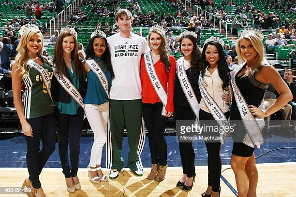 Winners of state Miss pageants and Teen Miss pageants pose with Gordon Hayward of the Utah Jazz before his matchup against the Washington Wizards...