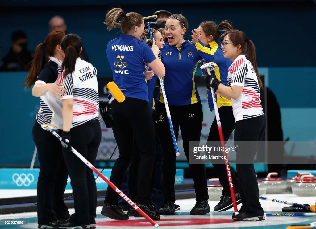 Curling - Winter Olympics Day 16 : Nachrichtenfoto