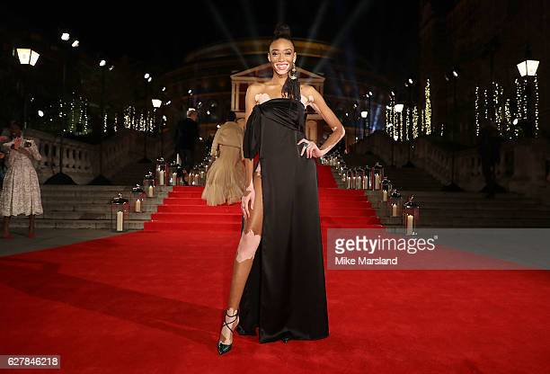 Winnie Harlow attends The Fashion Awards 2016 on December 5 2016 in London United Kingdom