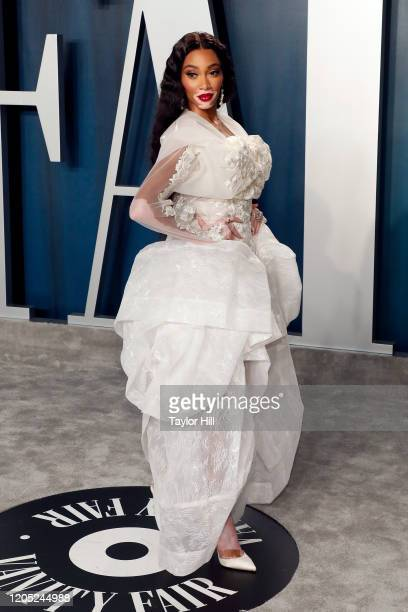 Winnie Harlow attends the Vanity Fair Oscar Party at Wallis Annenberg Center for the Performing Arts on February 09, 2020 in Beverly Hills,...