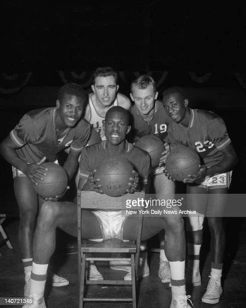 A Winnin' Combination San Francisco's AllAmerican Bill Russell is surrounded by his teammates captain K C Jones Mike Farmer Carl Boldt and Harold...