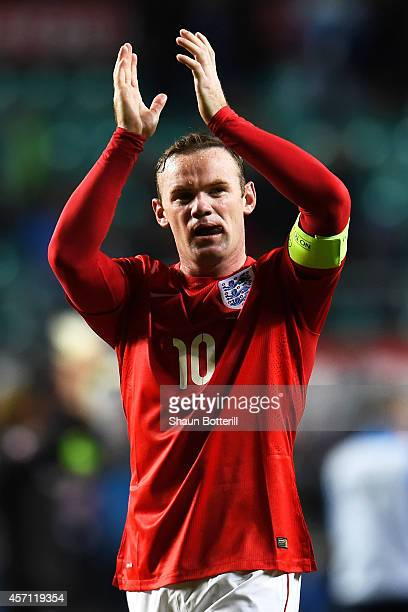 Winning goalscorer Wayne Rooney of England applauds the travelling fans following his team's 10 victory during the EURO 2016 Qualifier match between...