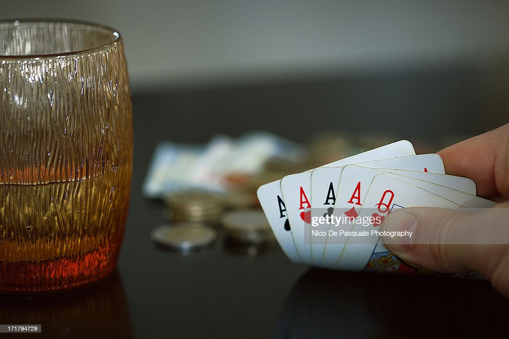 A winning hand : Stock Photo