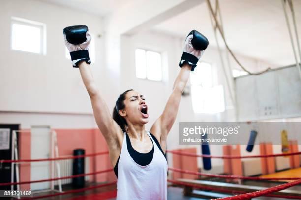 vinnande - boxing gloves bildbanksfoton och bilder