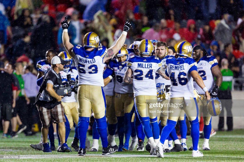 CFL: AUG 04 Winnipeg Blue Bombers at Ottawa Redblacks : News Photo