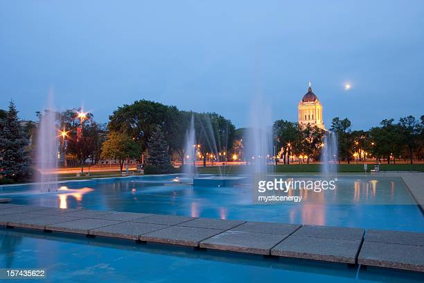 winnipeg city fountain - winnipeg stock pictures, royalty-free photos & images