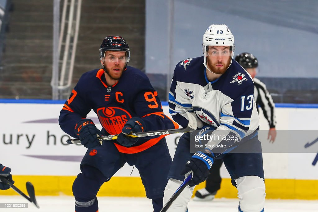 NHL: MAR 18 Jets at Oilers : News Photo