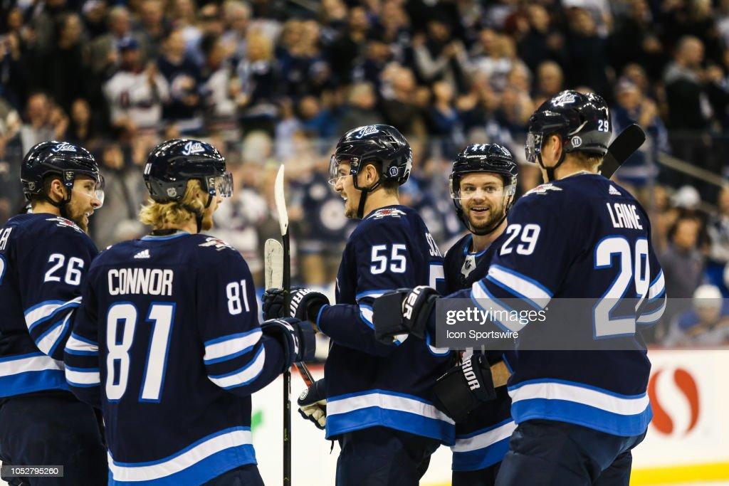 NHL: OCT 22 Blues at Jets : News Photo