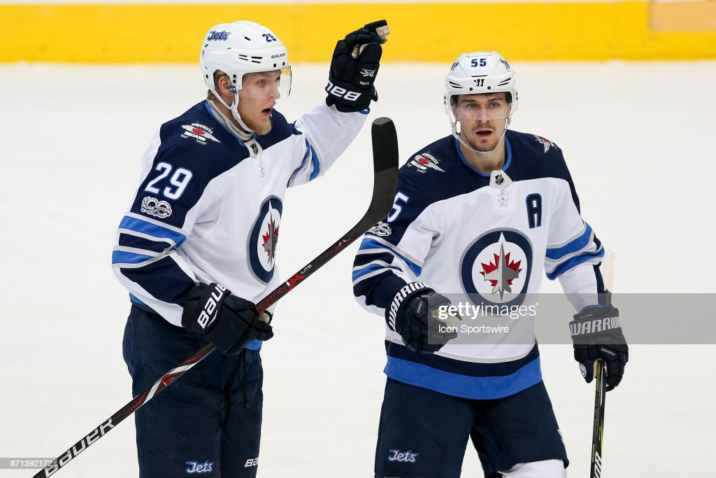 NHL: NOV 06 Jets at Stars : News Photo