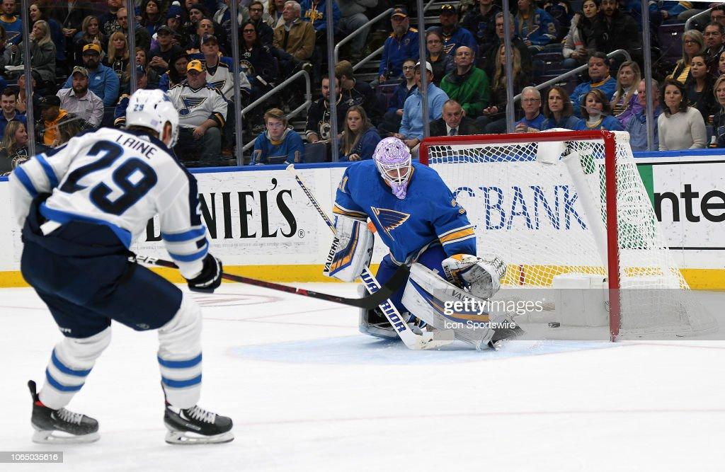 NHL: NOV 24 Jets at Blues : News Photo