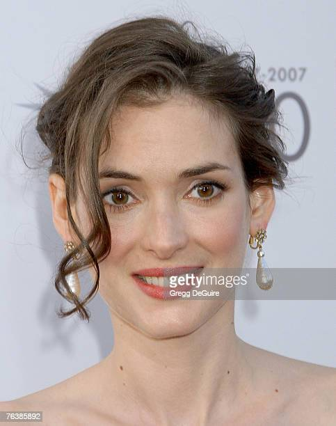 Winona Ryder 1992 Photos and Premium High Res Pictures