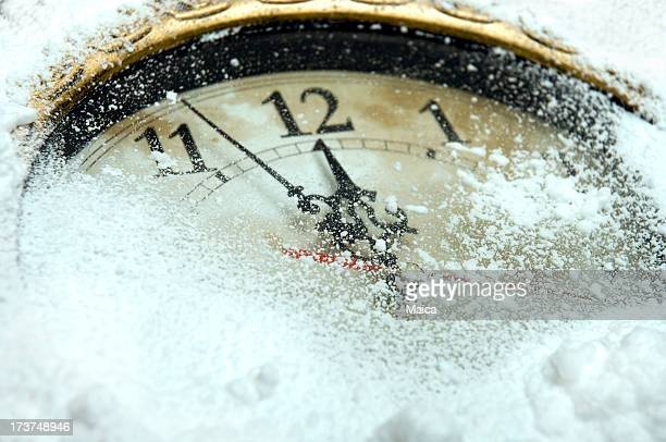 winter - countdown clock stock-fotos und bilder