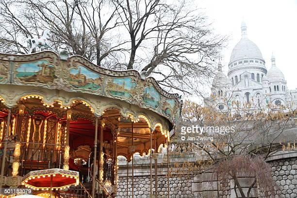 Winter Contrasts in Paris