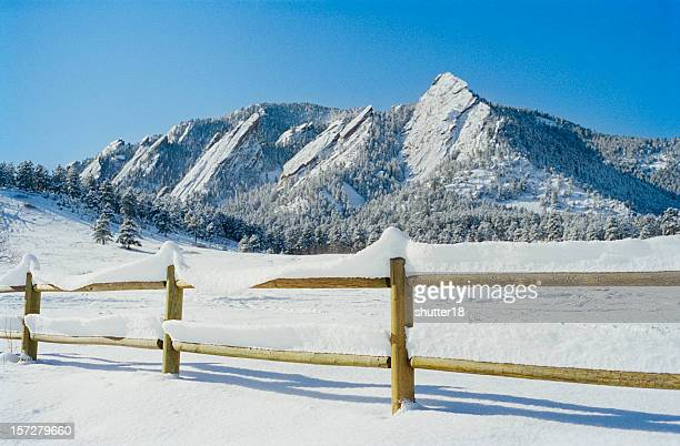winter flatirons 002 - foothills stock pictures, royalty-free photos & images