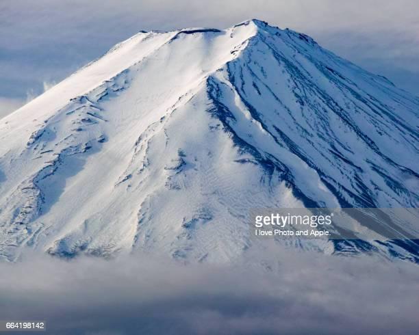 Winter Fuji close-up
