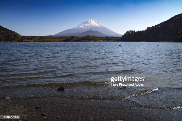 winter fuji - 一月 stock pictures, royalty-free photos & images