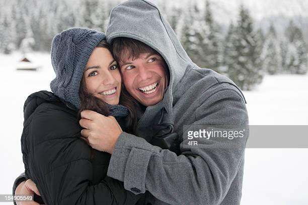 冬のお楽しみのカップルスナップ写真ポートレート(xxxl - ダッフルコート ストックフォトと画像