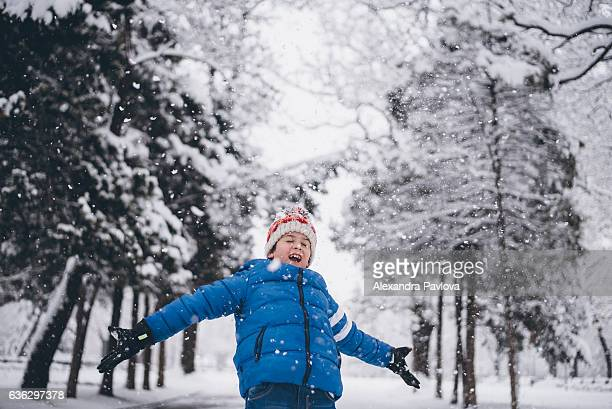 winter fun - alexandra pavlova stock pictures, royalty-free photos & images