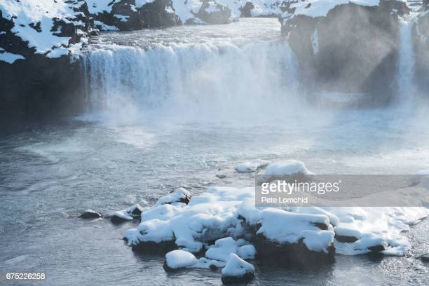 winter Godafoss
